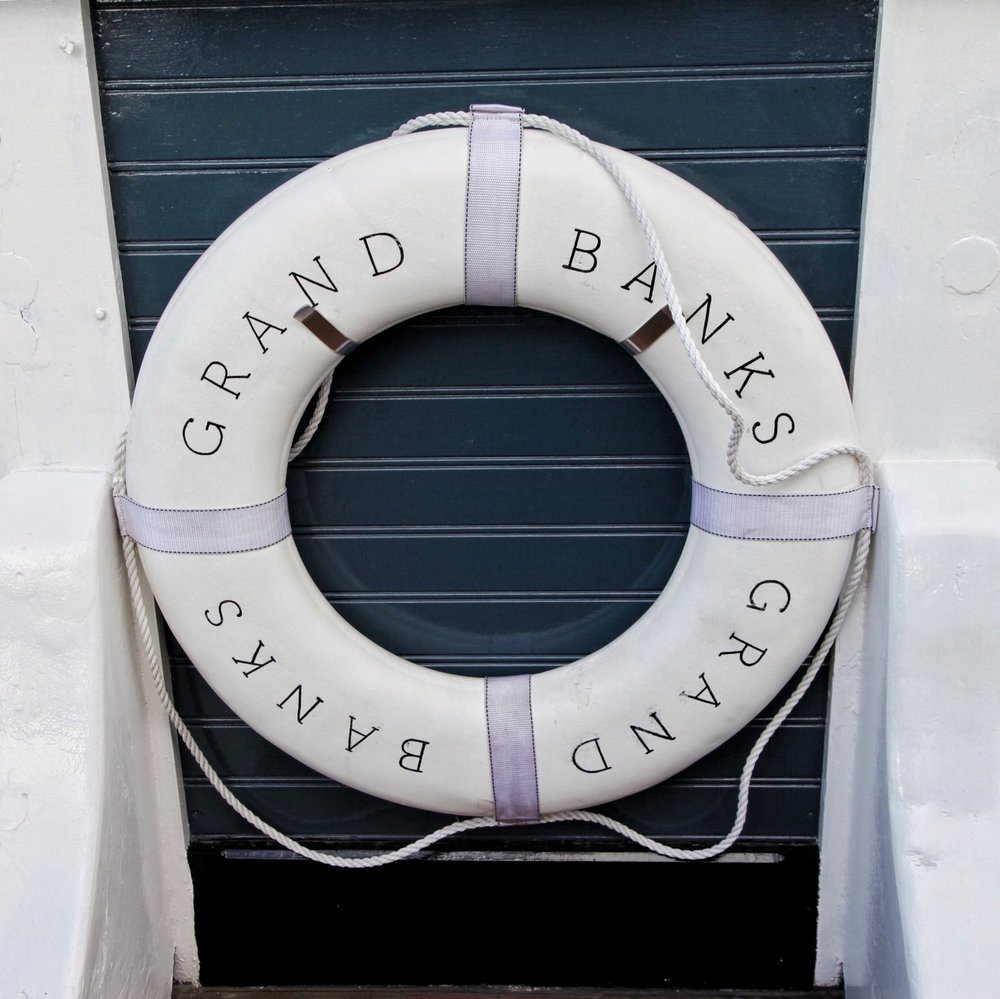 grand banks sign