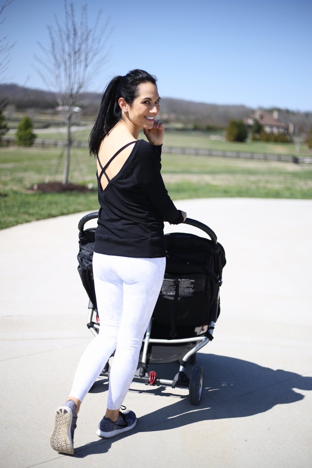 Alo leggings  |  Nike sneakers  |  Zella top similar  |  double stroller  | image : Sydney Clawson |