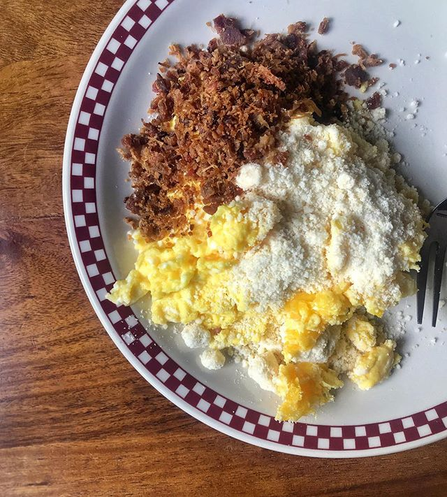 If you're not covering your scrambled eggs with parmesan, asiago, and (real) bacon bits, what are you even doing? 🥓🍳🧀😍