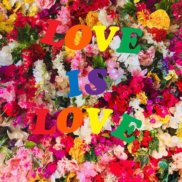 🍭🌈 #loveislove 🌈🍭