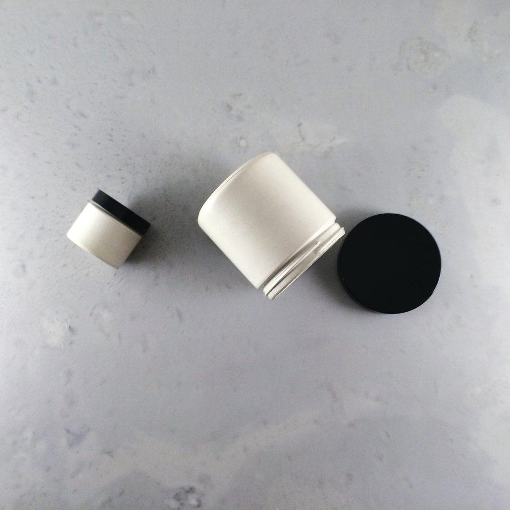SETTLEWELL - Concrete Jar - 1.JPG