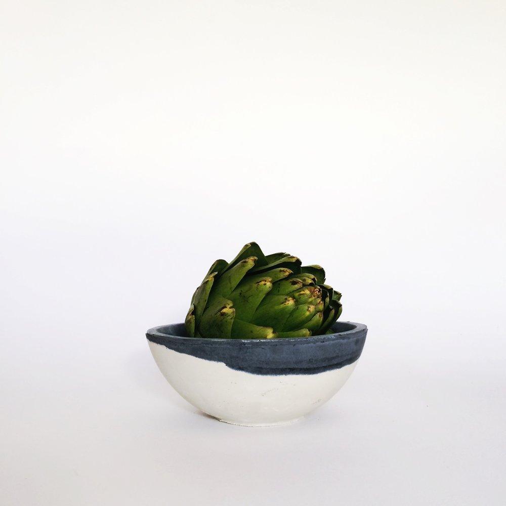 SETTLEWELL - Cast-Concrete Bowl - 1.jpg