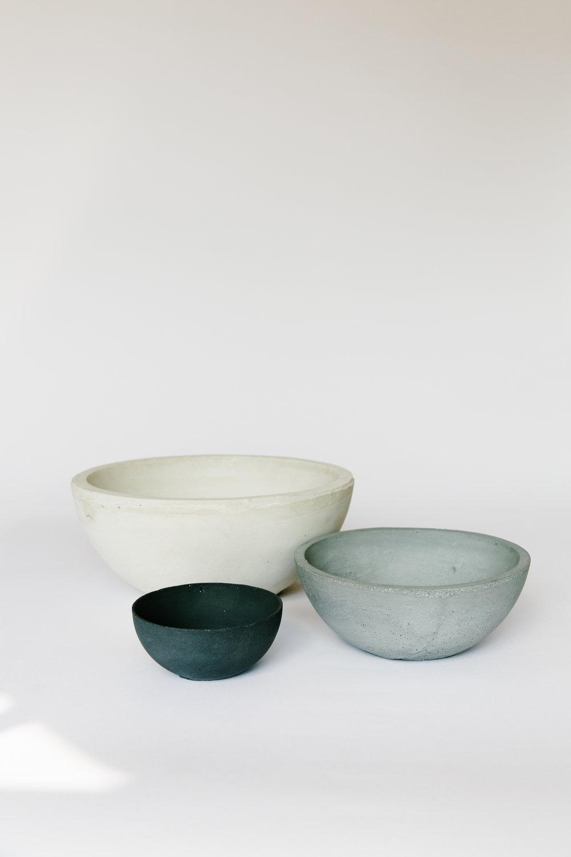 SETTLEWELL - Cast-Concrete Bowl - 4.jpg