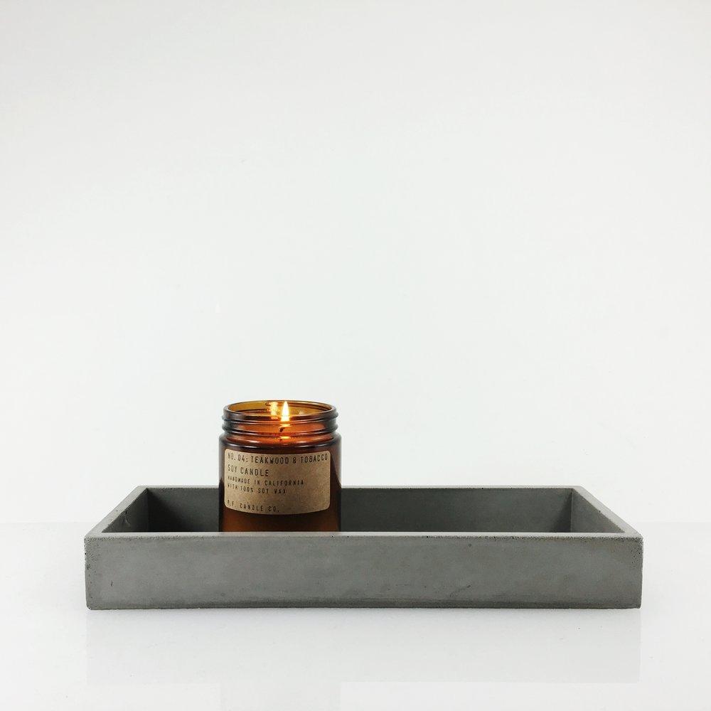SETTLEWELL - Cast-Concrete Tray - 1.JPG
