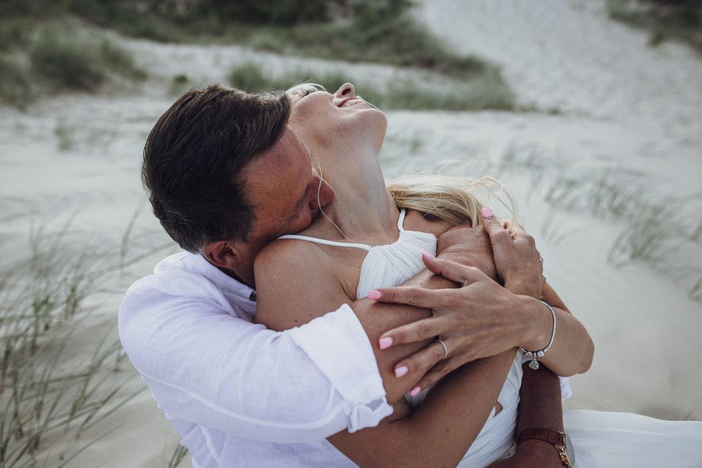 True-North-Photography-Gold-Coast-Weddings-Golden-Hour-Broadbeach-Beach-wedding-1.jpg