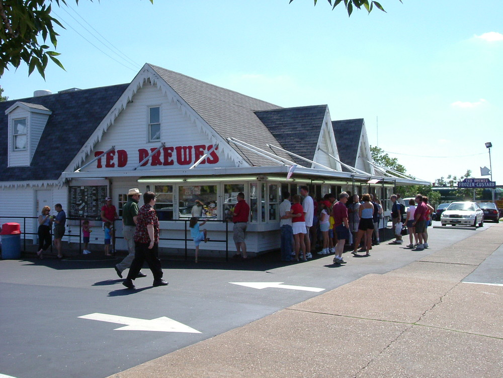 June 21 - FREE Ice Cream Social @Ted Drewes on Grand, 7:30 - 8:30pm