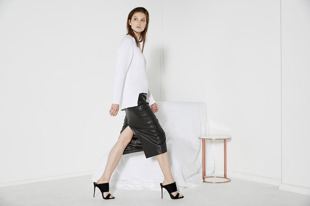 winterskirt-black_geohemknit-white_2.jpg