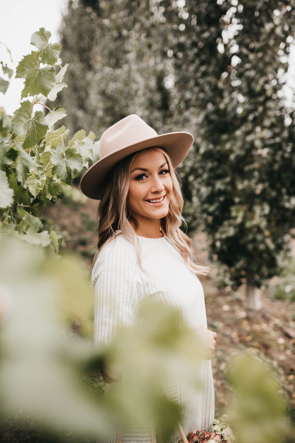 Hey there! - I'm Chelsea. My love of nature and creating with my hands led me to floral design. Planning my own wedding sparked a passion for wedding design and I love working with couples to tell their love stories through flowers!