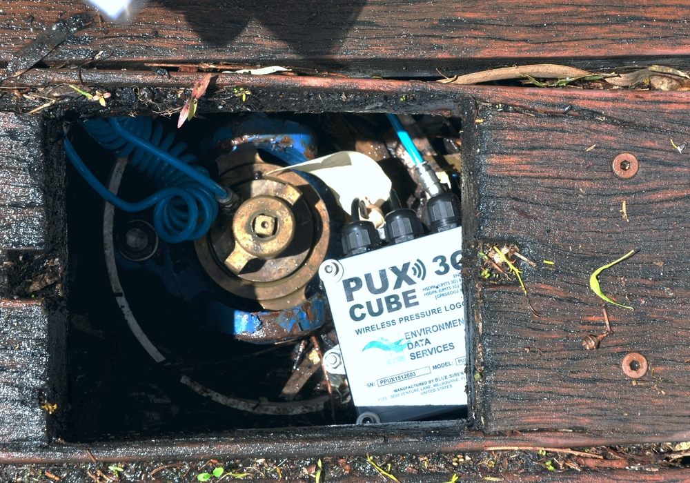 PUX Cube Pressure Logger Installed In Compact Hydrant Chamber