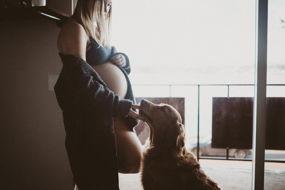 Seattle-maternity-in-home18.jpg