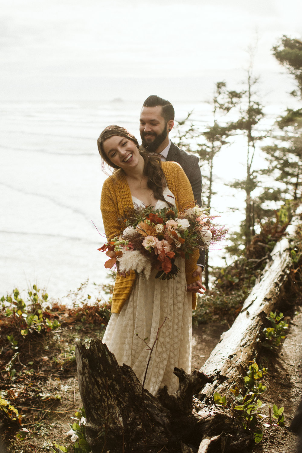 oregon-elopement-hug-point-6.jpg