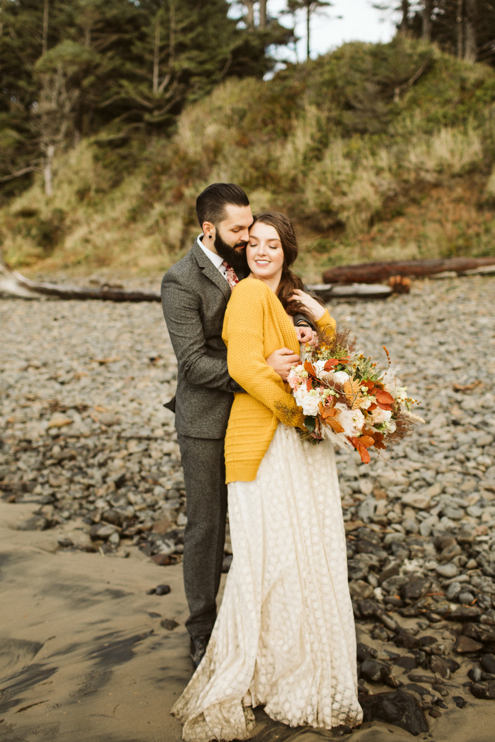 oregon-elopement-hug-point-40.jpg