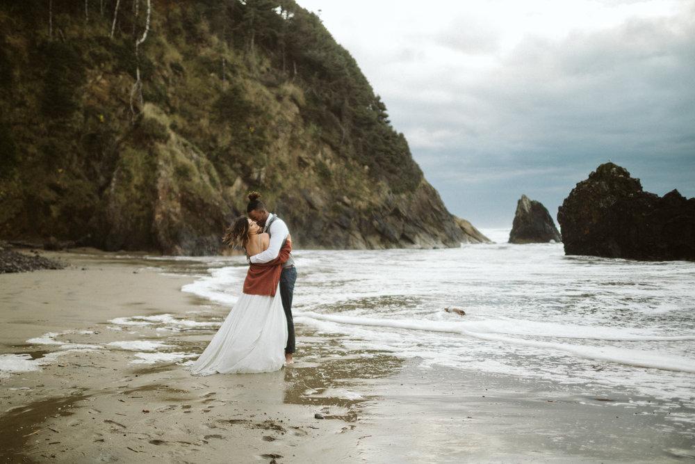 oregon-coast-elopement-15.jpg