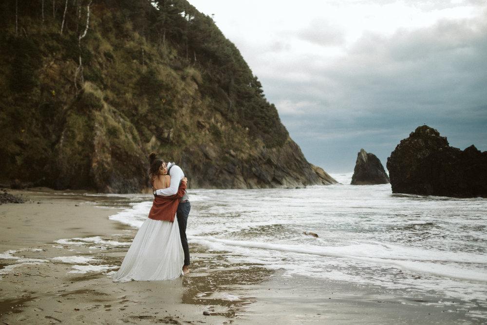 oregon-coast-elopement-16.jpg