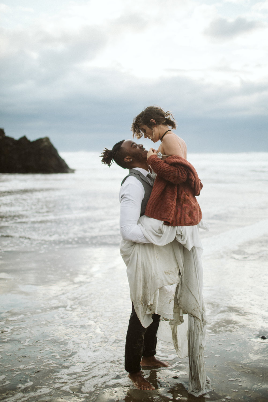 oregon-coast-elopement-30.jpg