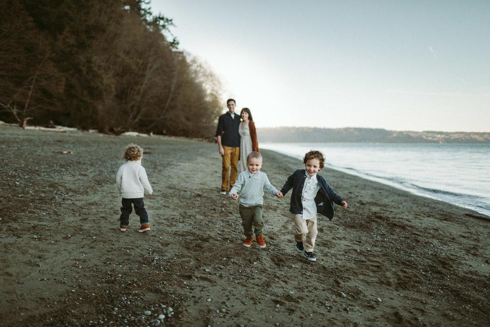Familyportraits Owen Beach Tacoma WA8.jpg