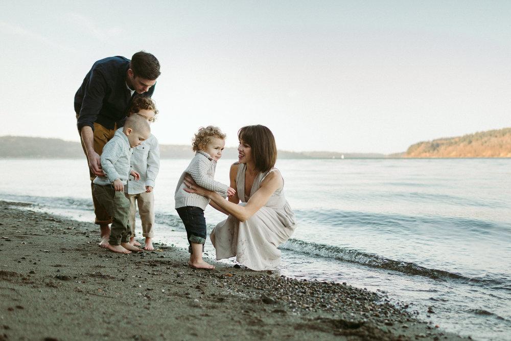 Familyportraits Owen Beach Tacoma WA102.jpg