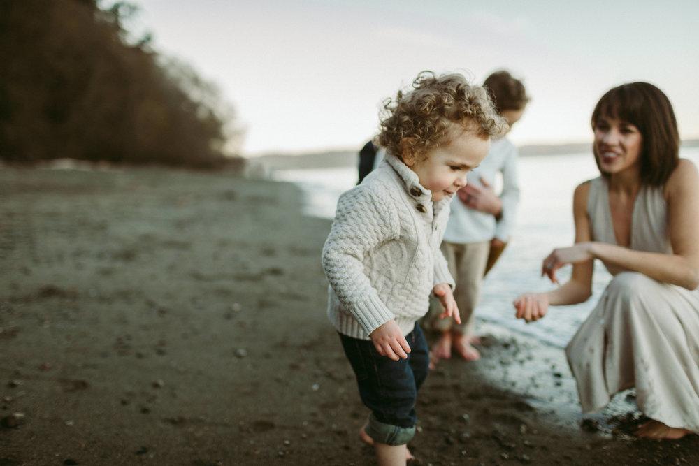 Familyportraits Owen Beach Tacoma WA107.jpg