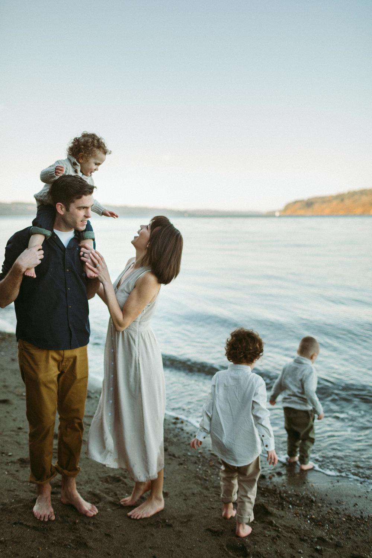 Familyportraits Owen Beach Tacoma WA121.jpg