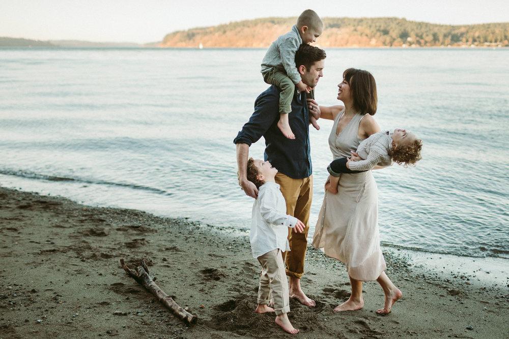 Familyportraits Owen Beach Tacoma WA142.jpg