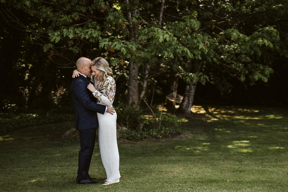 Budd Inlet Olympia wedding70.jpg