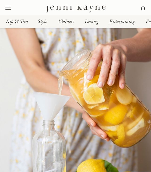 Ashely's natural all purpose cleaner recipe is on @jennikayne #ripandtan today. It's easy to make and will get your home clean without nasty chemicals. Link in bio. 📷 @brittanyesmith . . . . . . . #naturalhome #naturalcleaners #diycleaners #nochemicals #chemicalfreehome #womensheritage
