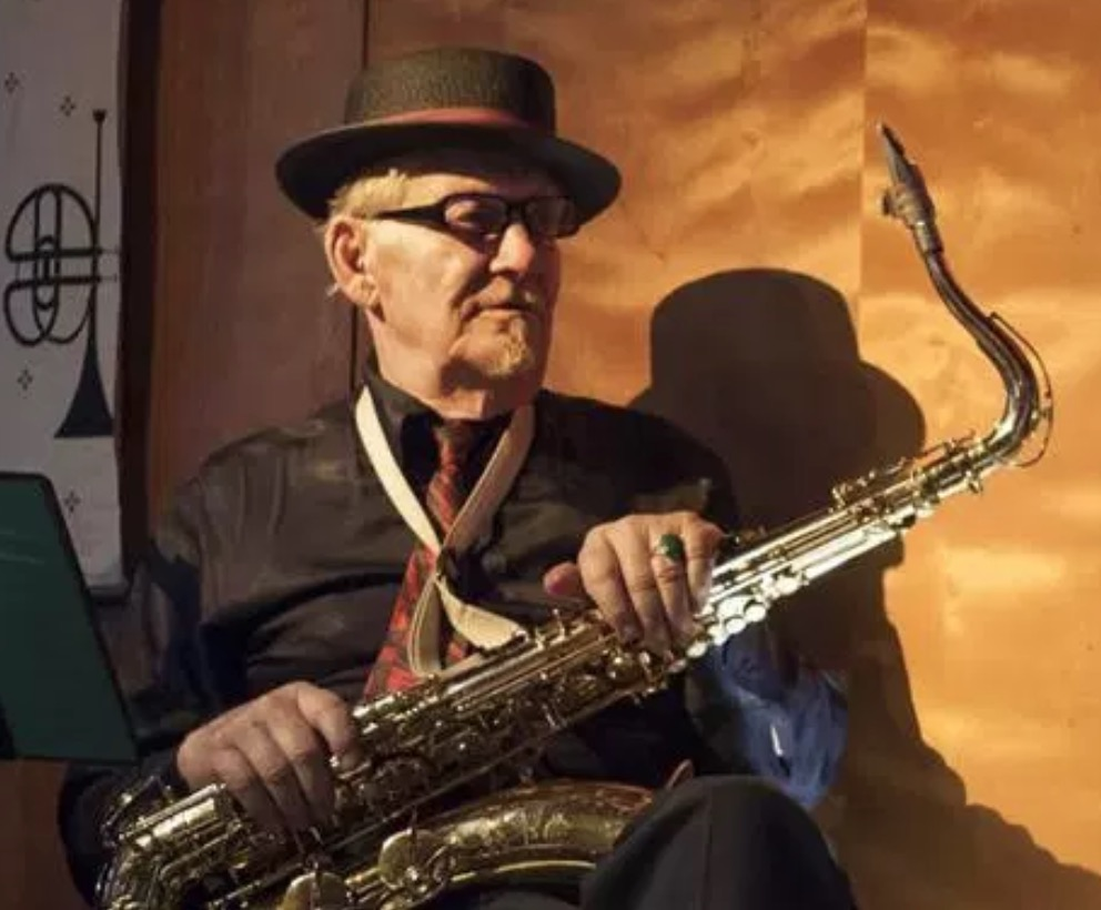 Noel Jewkes sax.jpg