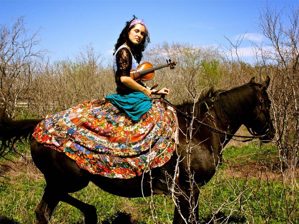 MichelleAlany_Horse.JPG