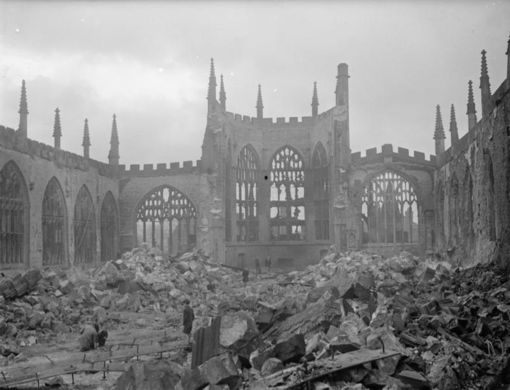 Air_Raid_Damage_in_the_United_Kingdom_1939-1945_H5603.jpg