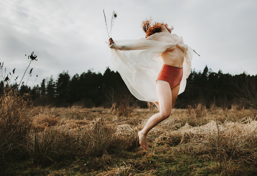 The photographs in this blog where taken by Nikki Hollett Photography during a self-guided Sacred Sexuality Session.