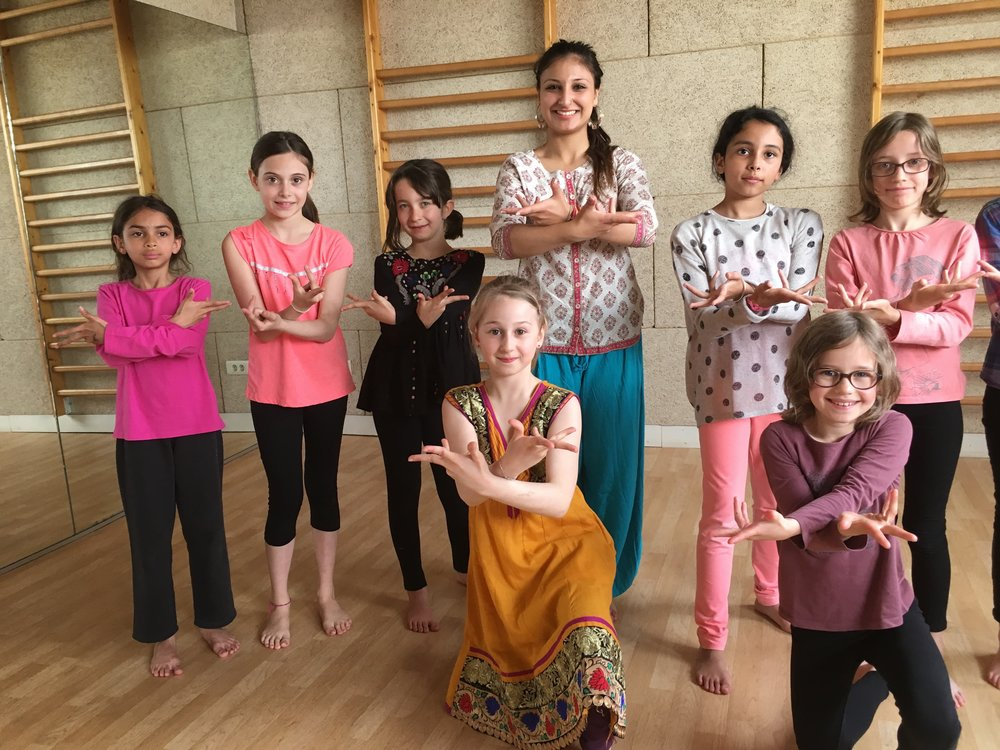 danse-bollywood-enfants-2
