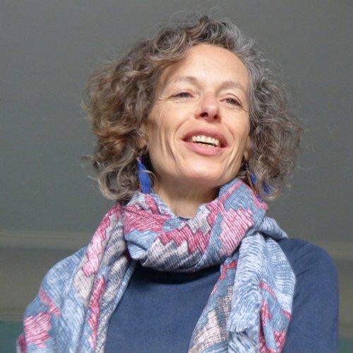 Claire Néollier    Musique en famille - 3 mois à 4 ans   claireneo@free.fr   06 29 82 30 20