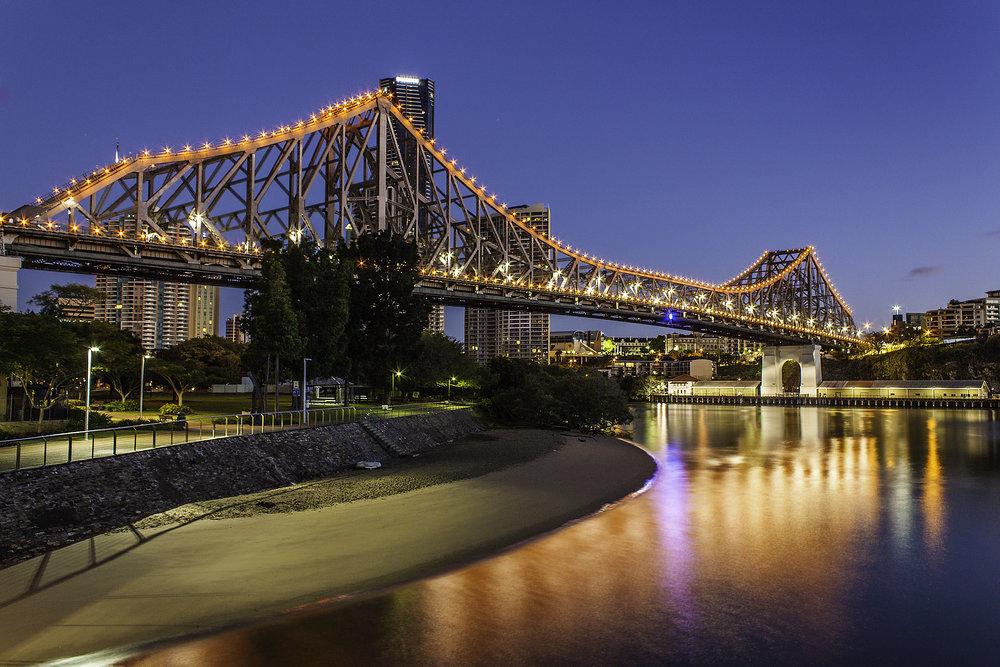 Story Bridge at Sunrise Final.jpg