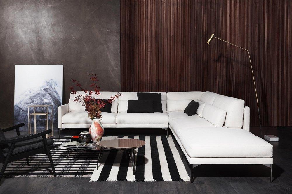 Vibieffe - производство диванов и аксессуаров