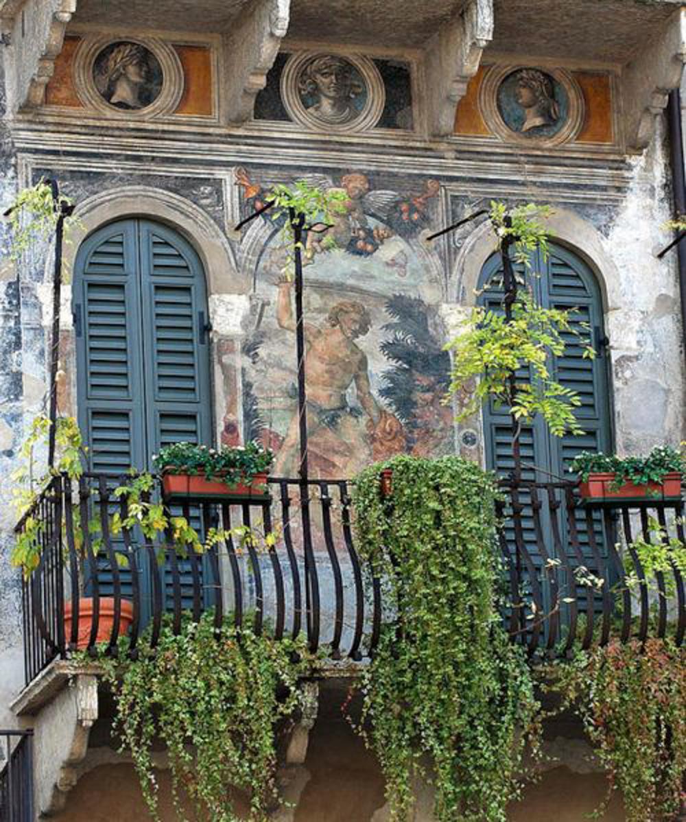 Frescoes.jpg