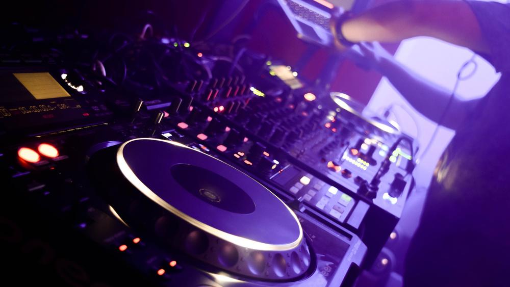Mise en lumière DJ Live