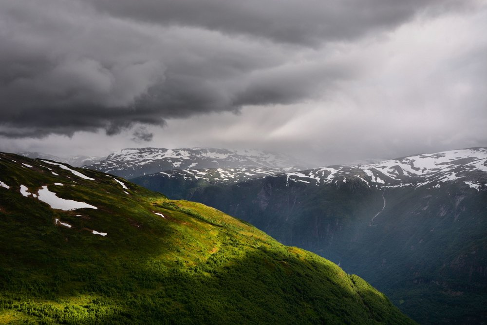 Aurland mountains from Prest