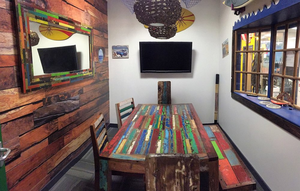 Surf Shack    6 Person space, TV screen,   whiteboard, wifi, tea&coffee.    £25 an hour, £125 a day