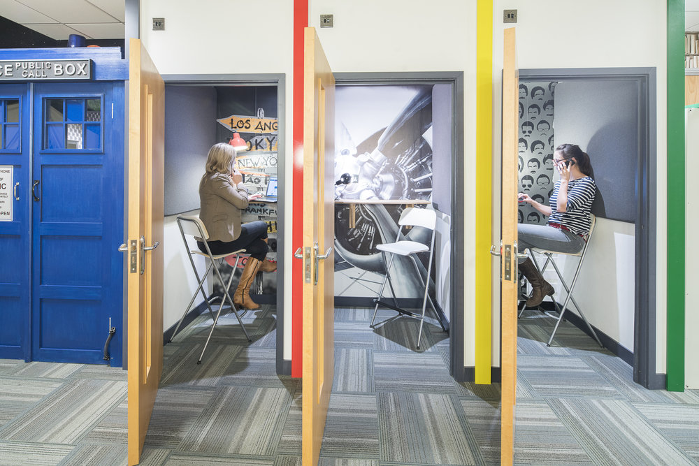 DeskLodge Bristol - 178 - 2399 ┬® mikekear.com.jpg