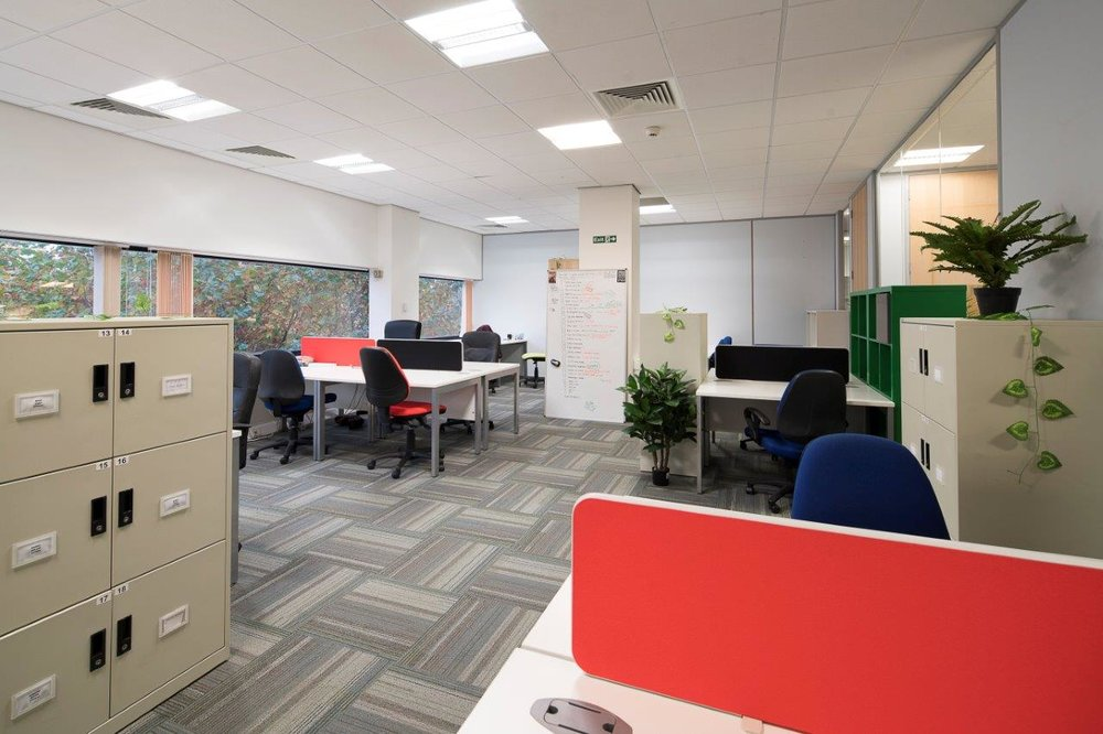 DeskLodge Bristol - 085 - 2209 mikekear.com.jpg