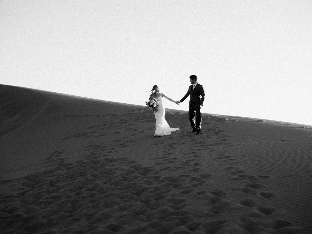 Idaho Sand Dune Elopement Photographer