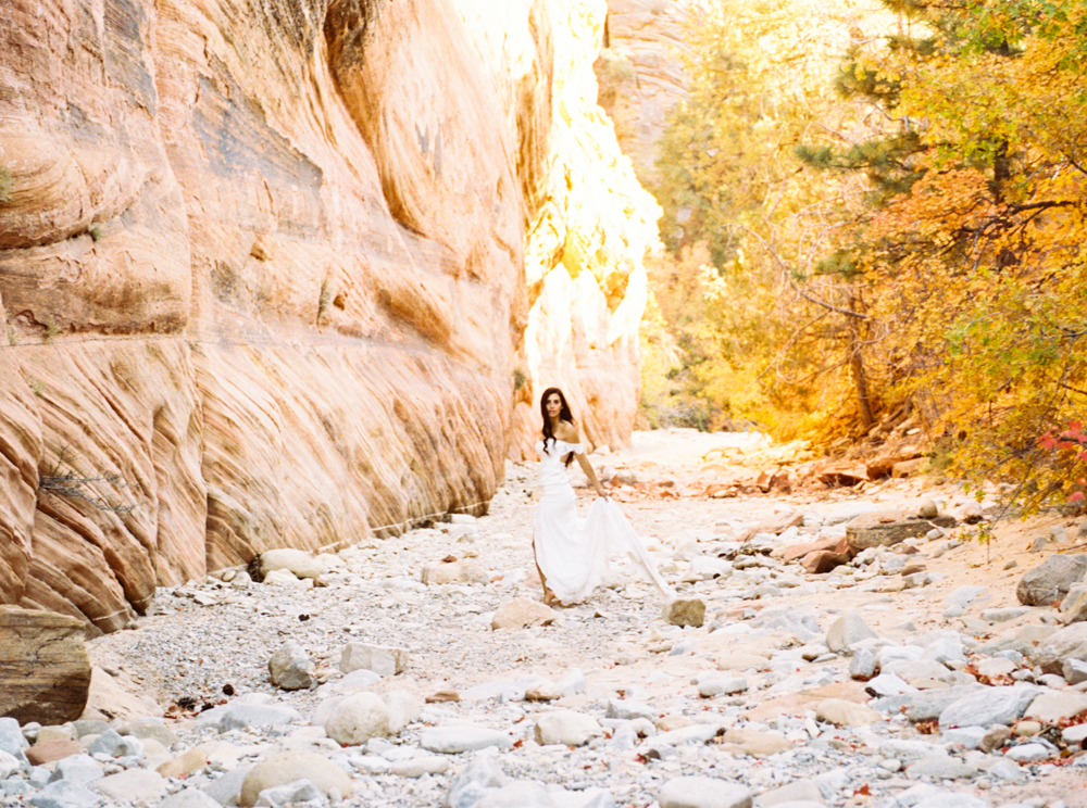 Zion Wedding Photographer Jenny Losee (15 of 41).jpg