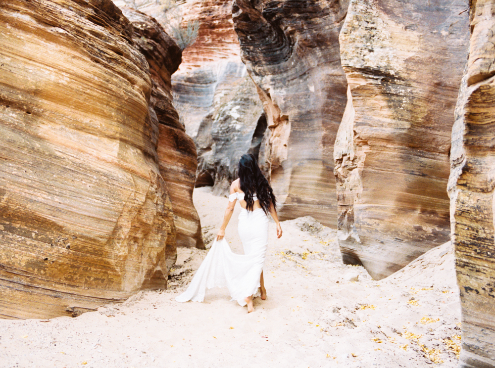Zion Wedding Photographer Jenny Losee (17 of 41).jpg
