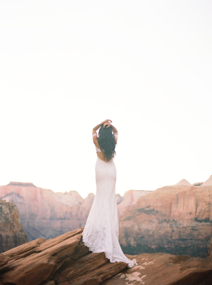 Zion Wedding Photographer Jenny Losee (23 of 41).jpg