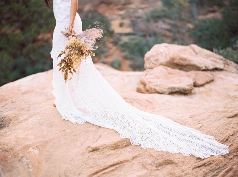 Zion Wedding Photographer Jenny Losee (27 of 41).jpg