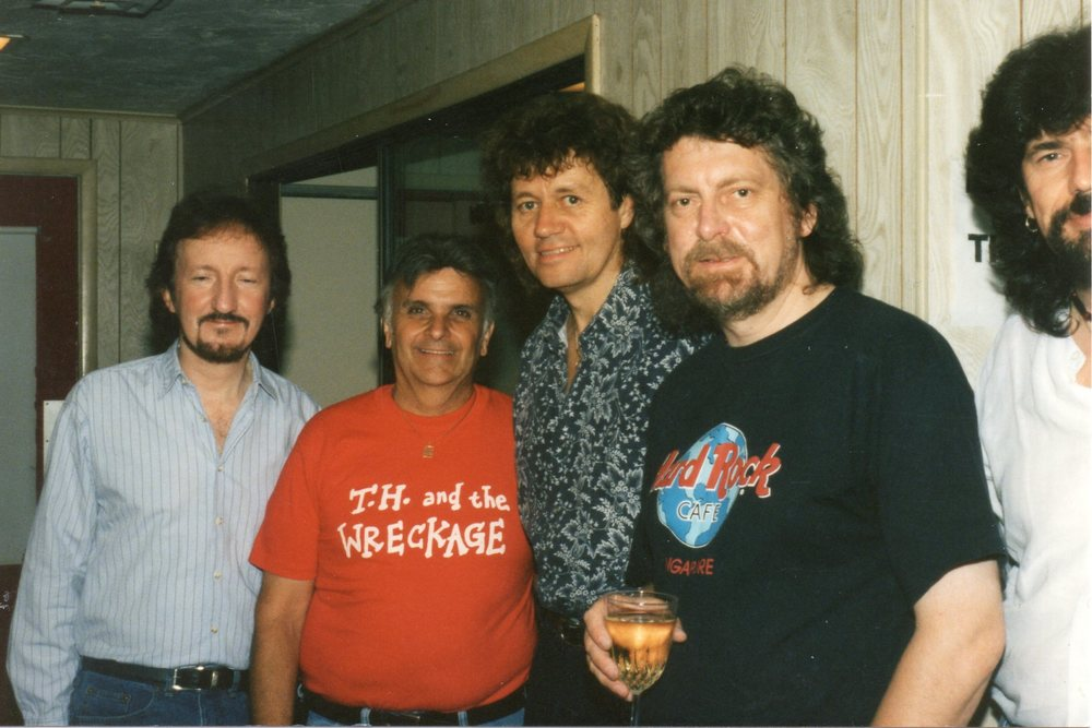 E.L.O. (Electric Light Orchestra).jpg