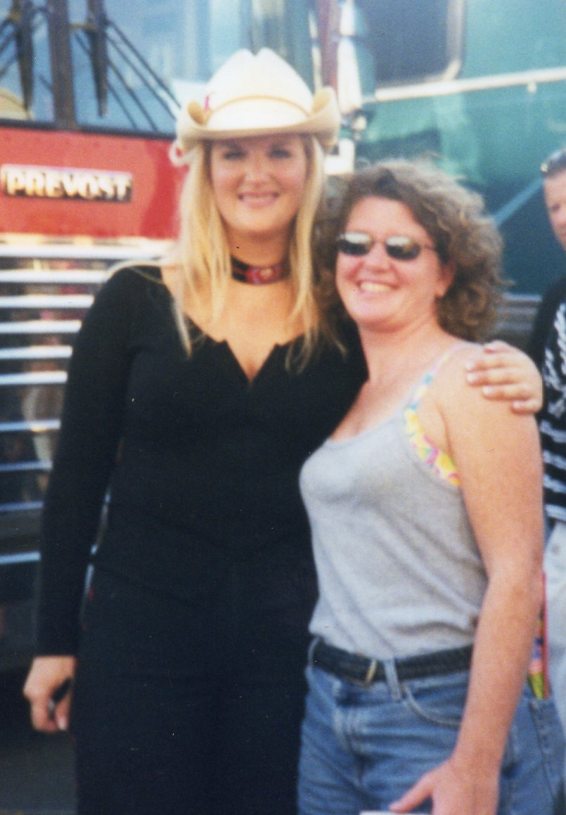 Trisha Yearwood & Kathy Gillis