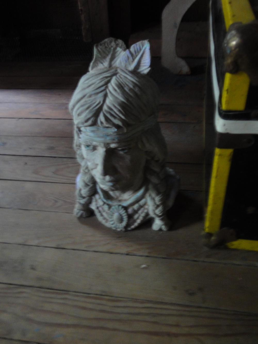 Indian Statue, Upstairs.JPG