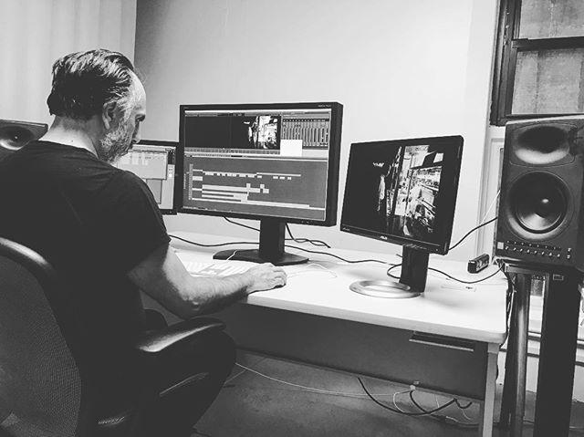 Gargamel hard at work @alvarezyalvarez