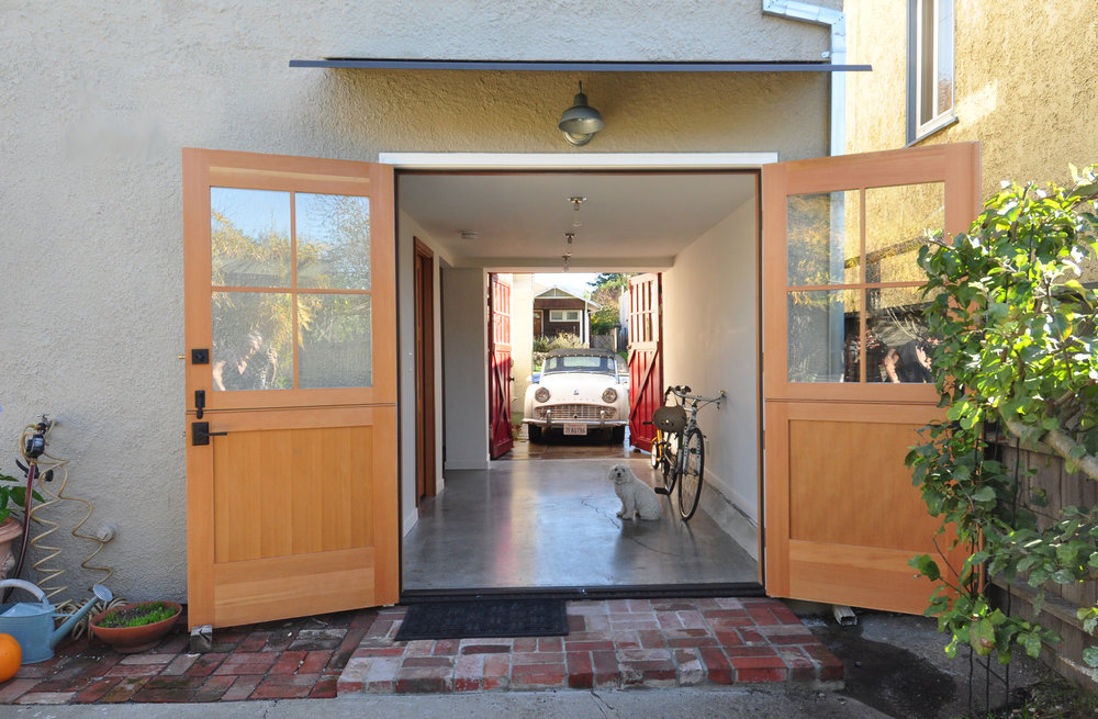 Garage with Doors on Both Ends.jpg